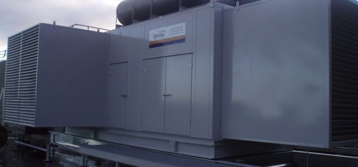 Addenbrookes-Generator-Delivery-053-720x337